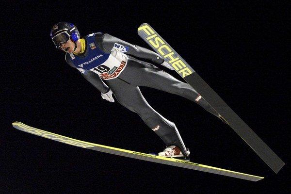 Rakúšan Gregor Schlierenzauer zatiaľ v tejto sezóne formu z minulých rokov nemá.