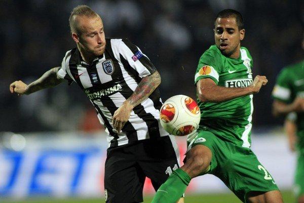 Miroslav Stoch odohral za PAOK prvých 45 minút, vystriedal ho Oliseh.