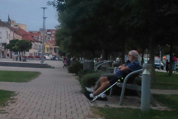 Seniori v Senci majú od 1. septembra dôstojné priestory.
