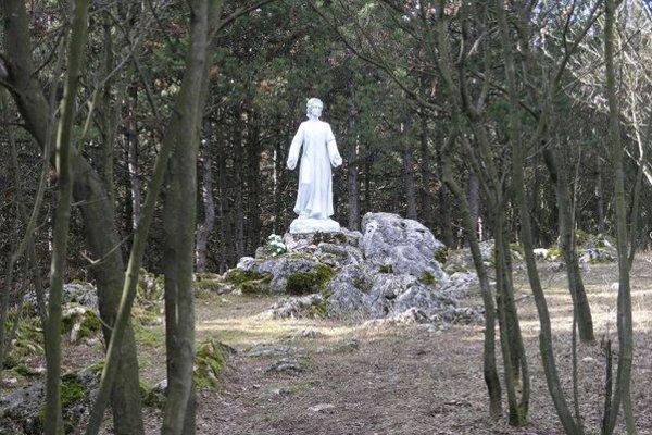 Vrch Boričky nie je oficiálne uznaným pútnickým miestom.