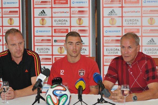 Erik Jendríšek bude trénerovi Jarábkovi k dispozícii už v zápase proti FC FC Zürich.