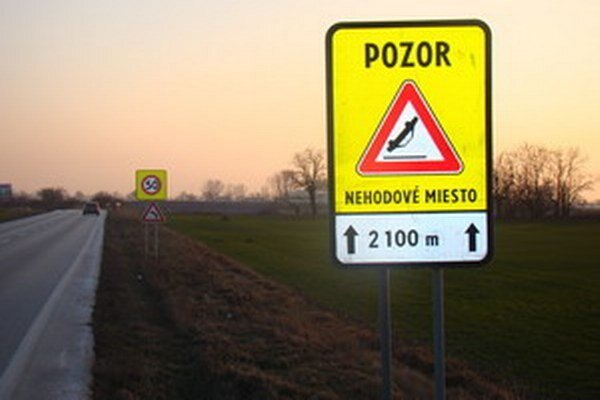 Dodržiavanie rýchlosti na úseku Trnava - Špačince pravidelne kontrolujú policajti.