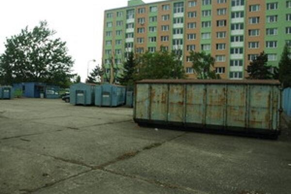 V areáli zberných surovín na Linčianskej pribudne 20 parkovacích miest.