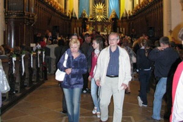 Noc kostolov v Trnave.