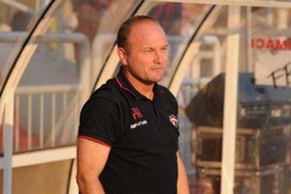 Pavel Hoftych rezignoval na pozíciu trénera.