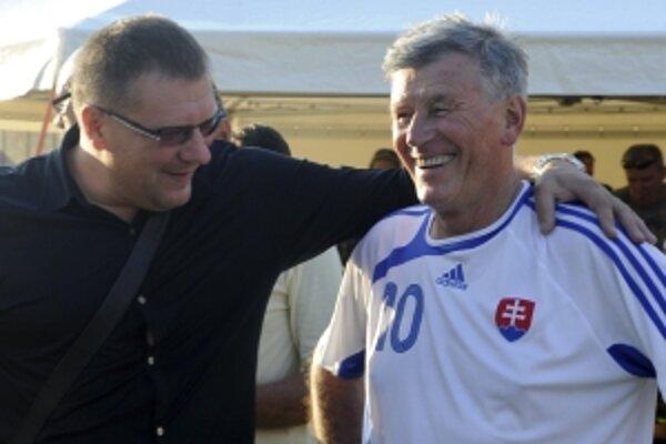 Jozef Adamec (vpravo).
