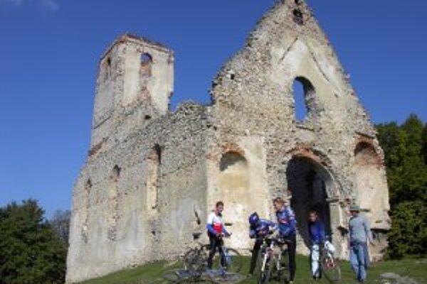 Z Katarínky do Galanty? Vďaka webovej stránke, na tvorbu ktorej získala župa grant, budú môcť cyklisti zistiť všetky možnosti, ako sa na bicyki presúvať medzi zvolenými miestami v rámci Trnavského kraja.
