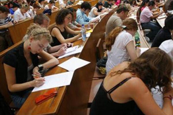 V Trnave sa zídu učitelia z celého sveta.