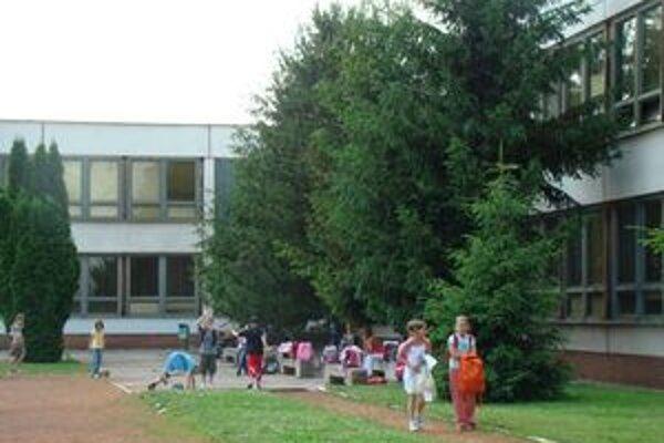 Rekonštrukcia čaká aj základnú školu na Atómovej ulici