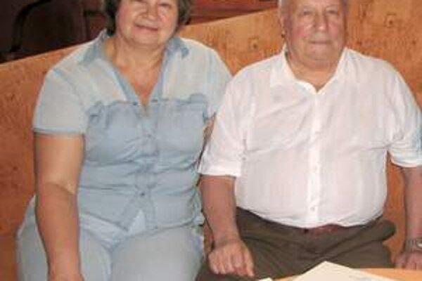 Viktor Gorbatko s manželkou Allou v piešťanských kúpeľoch.