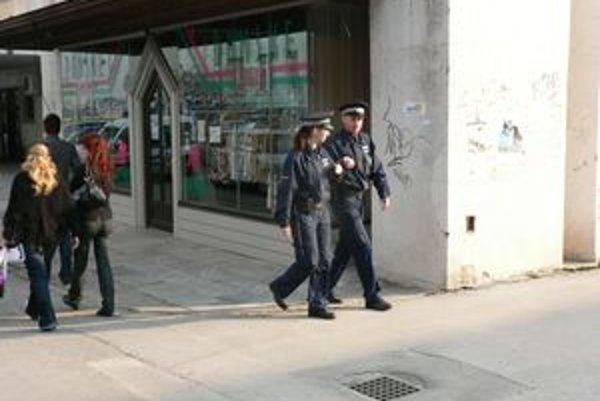 Mestskí policajti riešili počas Veľkej noci viacero prípadov.