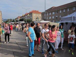 Banícky jarmok v Prievidzi opäť láka tisícky ľudí.