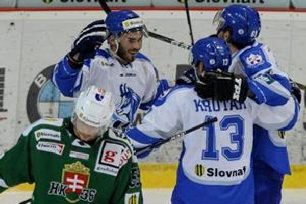 Popradskí hokejisti vyhrali v Skalici 1:0.