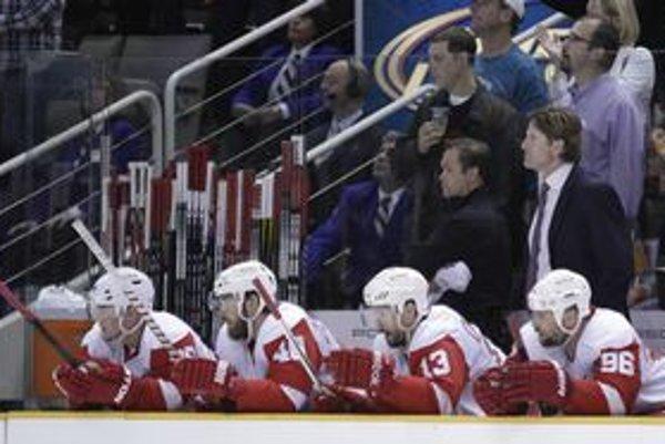 Hokejisti Detroitu siahali na obrat z 0:3 na 4:3. Rozhodujúci siedmy zápas série však vyhralo San Jose.
