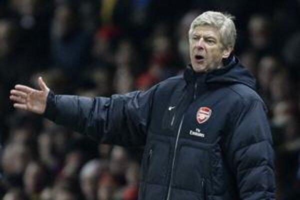 Tréner Arsenalu Arséne Wenger.
