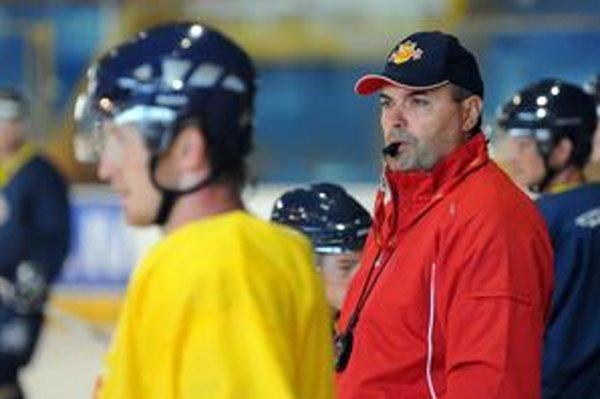 Ernest Bokroš už nie je trénerom Zvolena.