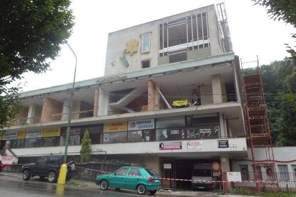 V bývalom dome služieb vzniknú nájomné byty.