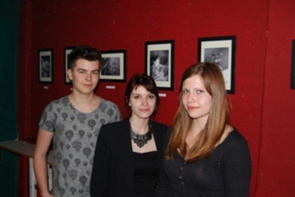 Trojica mladých autorov prezentuje svoje fotogarfie