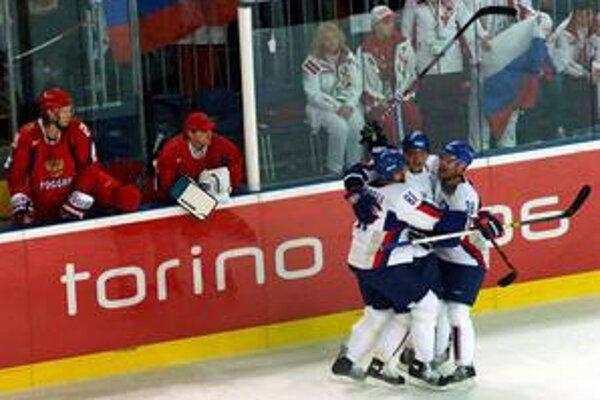 Na poslednej olympiáde v Turíne patril útok Hossa - Gáborík - Demitra k ozdobám šampionátu.