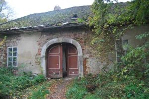 Kúria v súčasnosti chátra.