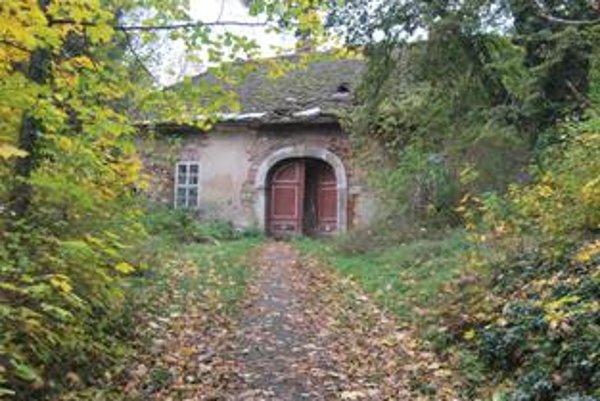 Drugetovská kúria v Čachticiach chátra