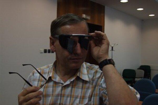 Orientáciu bez zrakovej kontroly si mohli na workshope vyskúšať