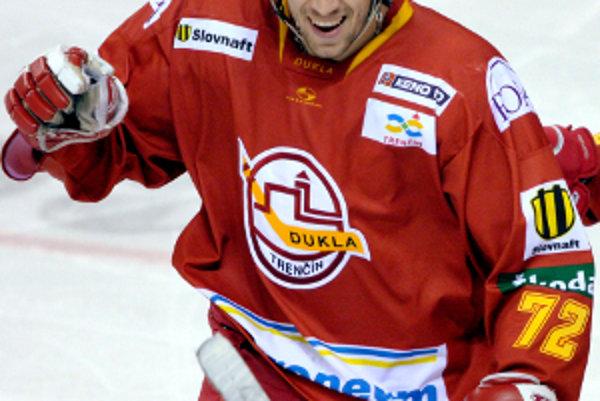 Andrej Kollár vymení dres za oblek.