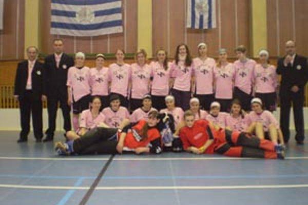 Florbalistky Nemšovej postúpili do finále extraligy žien.