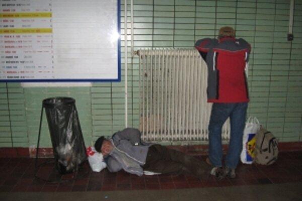 Bezdomovci často hľadajú útočisko v nocľahárni.