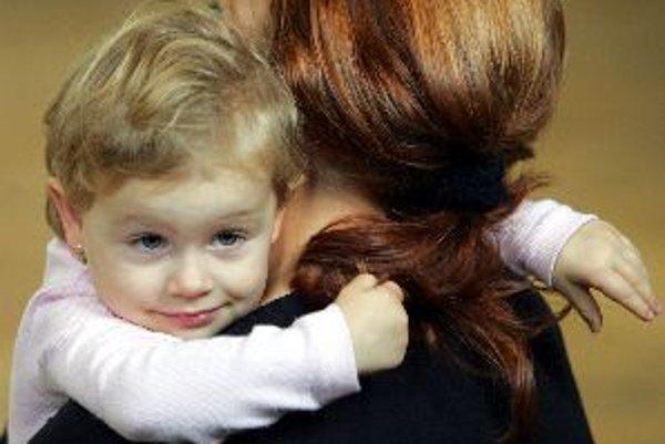 Profesionálna rodina je šancou pre deti z detských domovov.