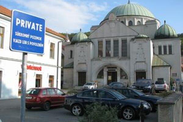 Mestská galéria by sa mohla presťahovať do synagógy