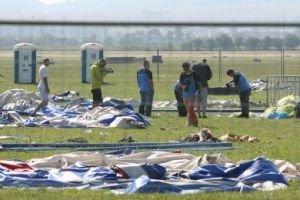 Experti začali skúmať časti zrúteného stanu na Pohode.