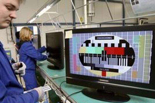 Taiwanská spoločnosť AU Optronic plánuje v Trenčíne postaviť fabriku na výrobu LCD monitorov.