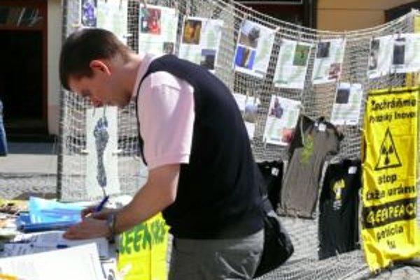 Petícia proti ťažbe uránu beží už takmer dva roky.