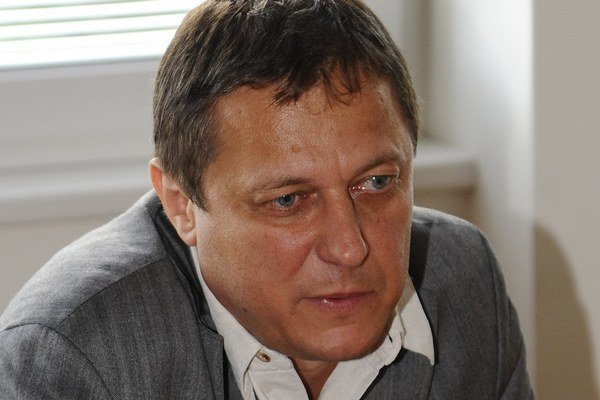 Miroslav Pollák bol splnomocnencom vlády pre rómske komunity v rokoch 2010 - 2012 počas vlády Ivety Radičovej. V nadchádzajúcich parlamentných voľbách bude radiť ako člen Tímu plus radiť KDH v oblasti rómskej otázky.