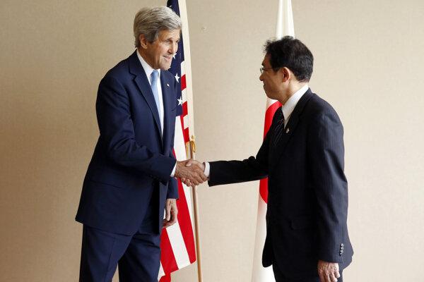 Kerry vyjadril nádej, že takýmto krokom zdôrazní dôležitosť mieru.