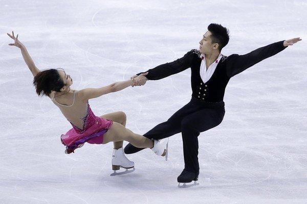 Číňania Wen-ťing Suej a Cchung Chan mali najlepší krátky program.