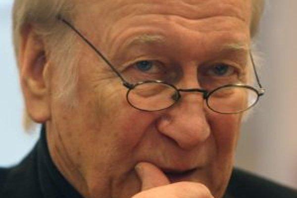 Prof. Milan Sládek (1938). Vyštudoval VŠMU v Bratislave a Štúdiu D 34 E. F. Buriana v Prahe. Ako mím, autor, režisér a pedagóg dlhší čas pôsobil v Bratislave a v Nemecku. S pantomímou precestoval takmer celý svet a vytvoril vyše štyridsať divadelných insc