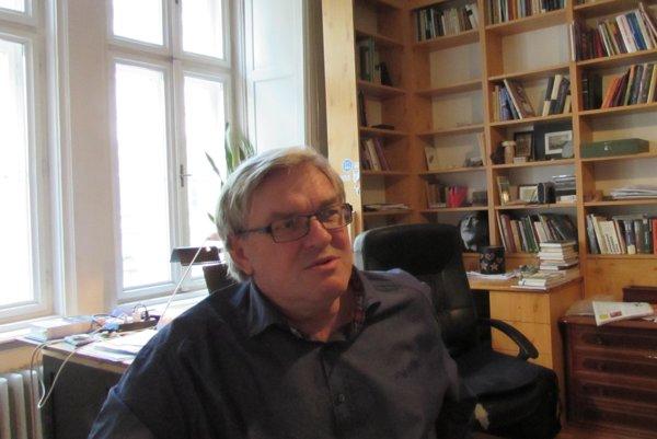 Pál Závada (60) - maďarský spisovateľ, novinár a sociológ