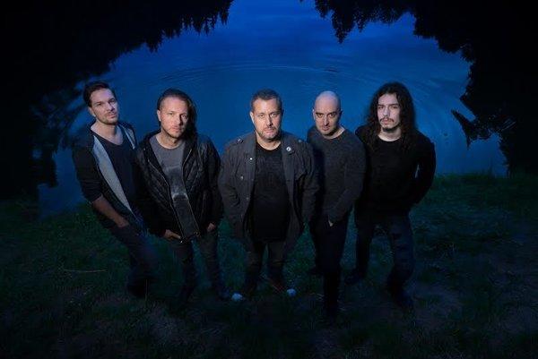 Kapela Čisté tvary ku každej z nových piesní pripravujú samostatný videoklip.