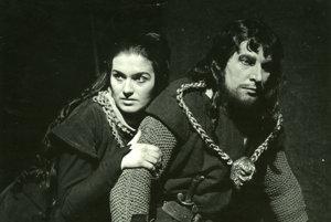 Eva Kristínová a Ladiskav Chudík v Macbethovi z roku 1959.