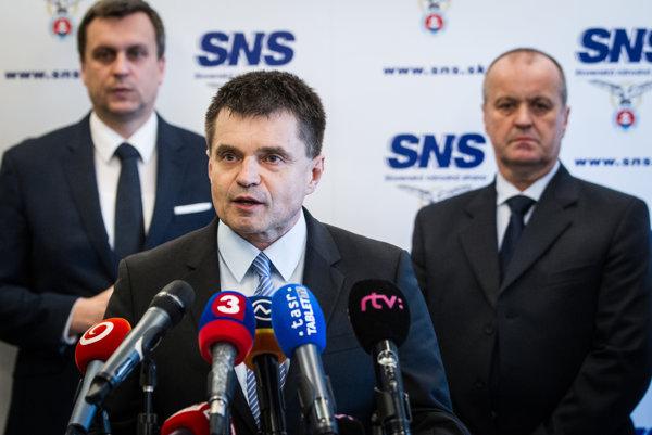 Petra Plavčana nominovala do funkcie SNS, ktorá tvrdí, že do politiky chce vniesť novú kultúru a slušnosť.