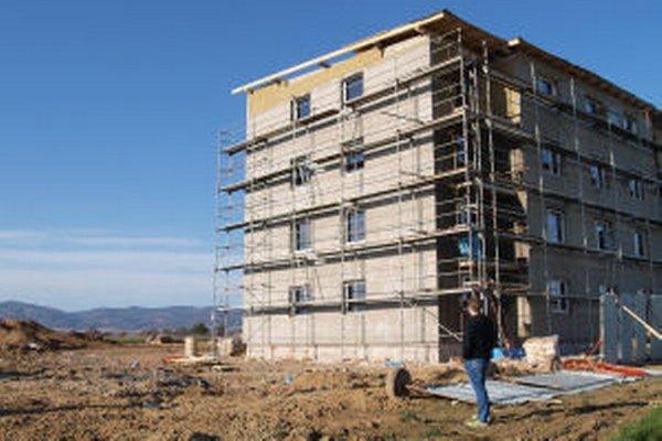 Prvé dve bytovky mesto odkúpi a ponúkne na prenájom, k ďalším štyrom plánovaným domom sa zatiaľ nevyjadruje.