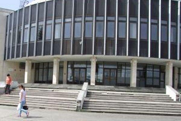 Divadelné predstavenie s názvom Život > syr sa uskutoční v Mestskom kultúrnom centre v Žiari nad Hronom.