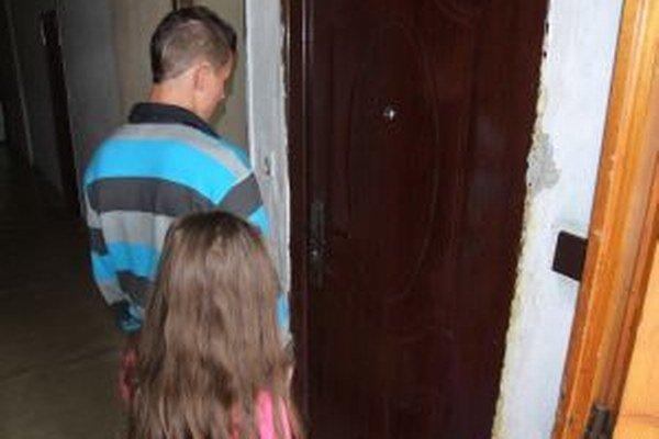 Obyvateľom Jadranu znepríjemňuje život otravný hmyz.