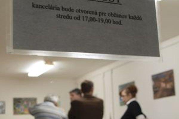 Poslanci budú Žiarčanom k dispozícii každú stredu od 17. do 19. hodiny.
