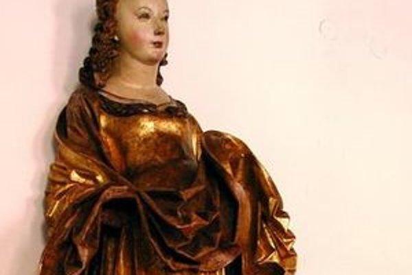 Socha svätej Kataríny reprezentovala Slovensko na výstave v Paríži.