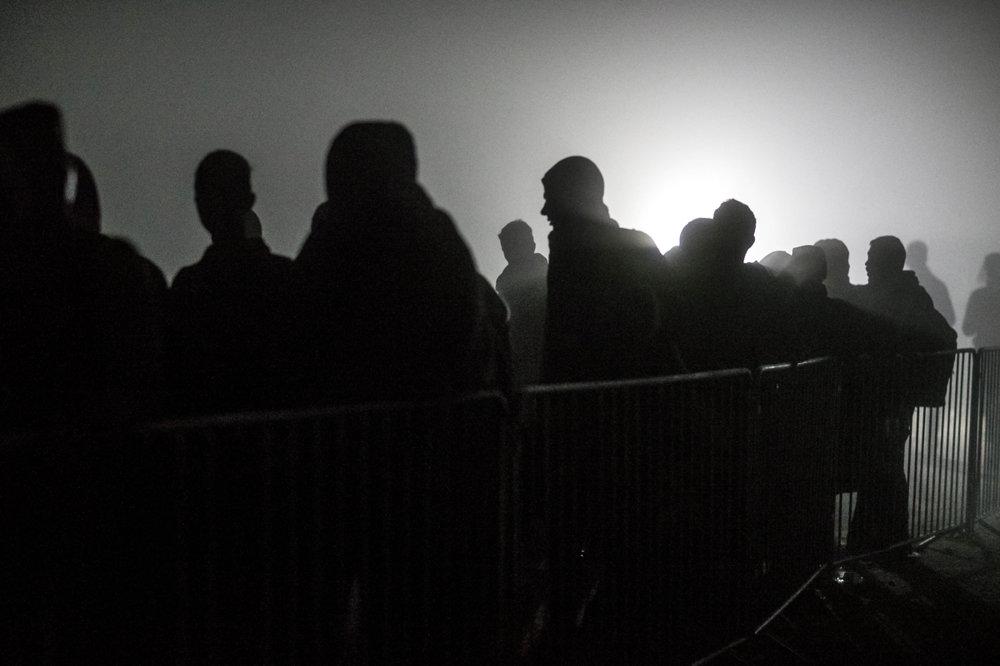 Nočné čakanie pred hranicou do Chorvátska.