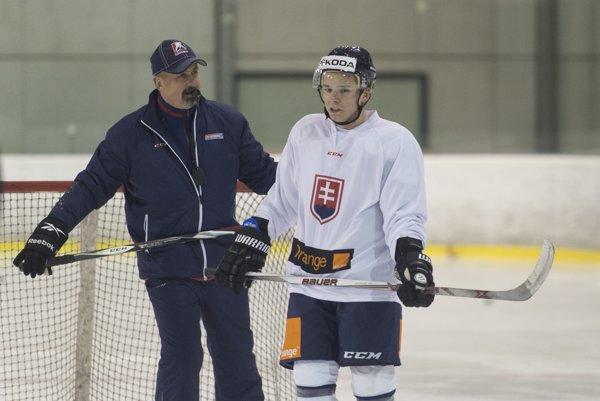 Martin Réway sa momentálne so slovenskou reprezentáciou pripravuje na majstrovstvá sveta v Rusku.