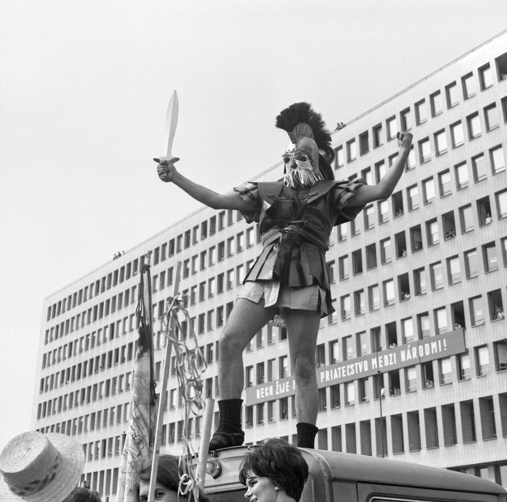 Majáles v Bratislave v roku 1966. Anton Šmotlák